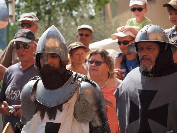 Fête médiévale à Moustiers