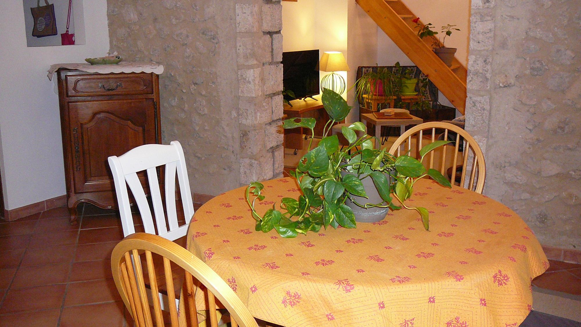 Location de vacances appartement pour 2 à Moustiers Sainte Marie
