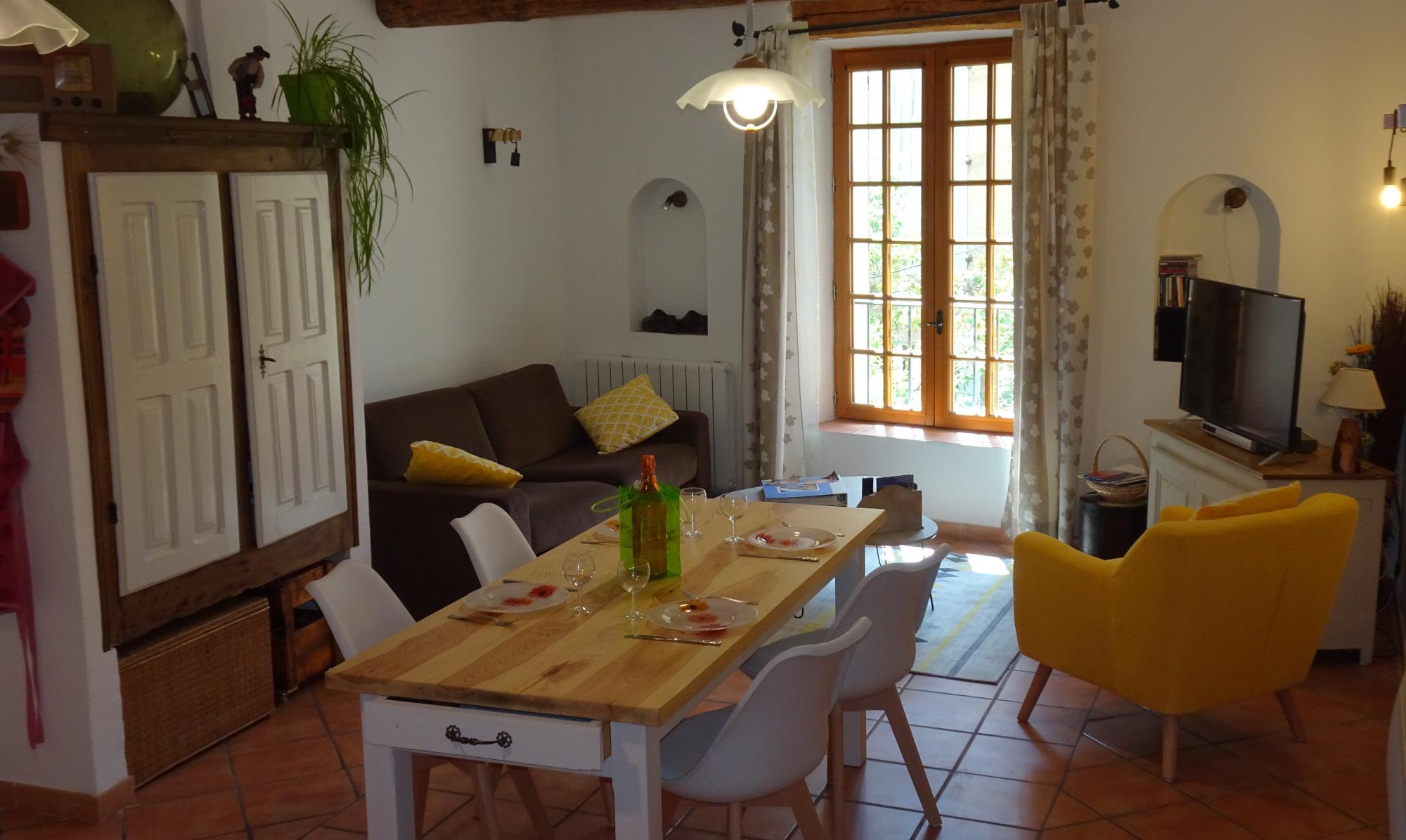Location de vacances appartement pour 4 à Moustiers Sainte Marie